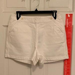 White denim front flap shorts